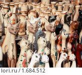 Купить «Глиняные изделия кошки», фото № 1684512, снято 7 мая 2010 г. (c) Alechandro / Фотобанк Лори