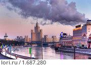 Купить «Высотка на Котельнической набережной. Москва», фото № 1687280, снято 27 декабря 2008 г. (c) Екатерина Овсянникова / Фотобанк Лори