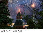 Салют 9 мая 2010 года. Стоковое фото, фотограф Иван Новиков / Фотобанк Лори