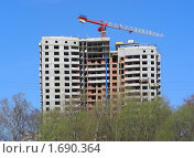 Купить «Строительство в Москве», эксклюзивное фото № 1690364, снято 19 апреля 2010 г. (c) lana1501 / Фотобанк Лори