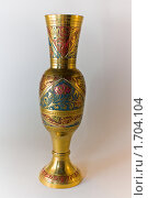Золотая ваза с растительным узором. Стоковое фото, фотограф Инна Шишова / Фотобанк Лори