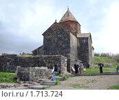 Монастырь Севанаванк, церковь Сурб Аракелоц, Армения (2010 год). Стоковое фото, фотограф Татьяна Крамаревская / Фотобанк Лори