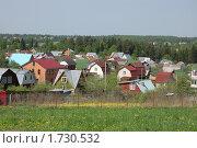 Купить «Подмосковный дачный поселок», фото № 1730532, снято 15 мая 2010 г. (c) Елена Ильина / Фотобанк Лори