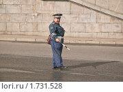 Купить «Работник ГИБДД на  посту», эксклюзивное фото № 1731528, снято 18 сентября 2009 г. (c) Алёшина Оксана / Фотобанк Лори