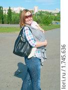 Портрет молодой мамы с маленьким ребенком. Стоковое фото, фотограф Виктория Кириллова / Фотобанк Лори