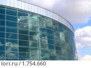 Купить «Уфа, Конгресс-холл», фото № 1754660, снято 15 апреля 2010 г. (c) Art Konovalov / Фотобанк Лори