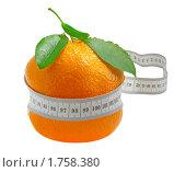 Купить «Апельсин с сантиметром», фото № 1758380, снято 28 мая 2010 г. (c) Валентина Разумова / Фотобанк Лори
