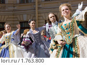 Купить «Танцующие барышни», фото № 1763800, снято 9 июня 2010 г. (c) Андрей Жухевич / Фотобанк Лори