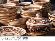 Керамическая посуда. Стоковое фото, фотограф Sergii Korshun / Фотобанк Лори