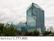 Купить «Недостроенный бизнес-центр «Зенит» на Юго-Западе Москвы», эксклюзивное фото № 1771800, снято 14 июня 2010 г. (c) Бондаренко Олеся / Фотобанк Лори