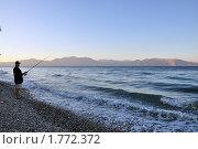 Рыбак на море. Стоковое фото, фотограф Александр  Новоселов / Фотобанк Лори
