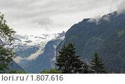 Купить «В швейцарских Альпах. Ранний вечер. Туман», фото № 1807616, снято 22 июня 2010 г. (c) Сергей Лебедев / Фотобанк Лори