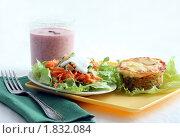 Купить «Легкий обед или ужин», фото № 1832084, снято 9 июля 2010 г. (c) Корчагина Полина / Фотобанк Лори