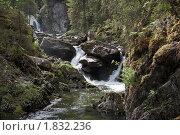 Купить «Горная речка Жигалан и её водопады», фото № 1832236, снято 12 июня 2010 г. (c) Павел Спирин / Фотобанк Лори