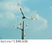 Купить «Ветрогенератор под облаками, Германия», фото № 1840636, снято 7 августа 2007 г. (c) Сергей Кандауров / Фотобанк Лори