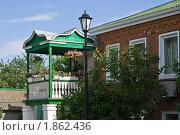 Купить «Жилой дом в казачьем стиле в Старочеркасске», фото № 1862436, снято 19 июня 2010 г. (c) Борис Панасюк / Фотобанк Лори