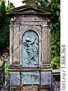 Купить «Надгробие», фото № 1868364, снято 24 июля 2010 г. (c) Руслан Якубов / Фотобанк Лори