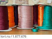 Купить «Атласные ленты», фото № 1877676, снято 29 июля 2010 г. (c) Мария Решетняк / Фотобанк Лори