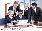 Купить «Бизнесмены в офисе», фото № 1884564, снято 17 июня 2010 г. (c) Raev Denis / Фотобанк Лори