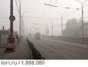 Купить «Утро на Красном мосту в Орле», фото № 1888080, снято 1 августа 2010 г. (c) Юрий Жеребцов / Фотобанк Лори