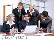 Купить «Бизнесмены в офисе», фото № 1893748, снято 17 июня 2010 г. (c) Raev Denis / Фотобанк Лори