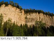 Купить «Скала Ветлан вблизи Красновишерска», фото № 1905784, снято 13 августа 2008 г. (c) Максим Антипин / Фотобанк Лори