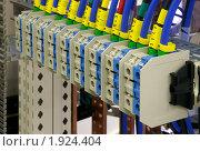 Купить «Промышленное электрооборудование.Соединения», фото № 1924404, снято 4 июня 2007 г. (c) Юрий Кобзев / Фотобанк Лори