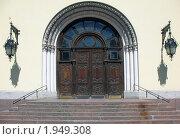 Церковь Святого Петра, портал (2009 год). Стоковое фото, фотограф Морковкин Терентий / Фотобанк Лори