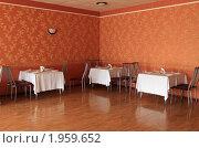 Купить «Интерьер ресторана», эксклюзивное фото № 1959652, снято 9 августа 2010 г. (c) Дмитрий Неумоин / Фотобанк Лори