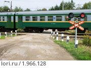 Купить «Неохраняемый железнодорожный переезд», эксклюзивное фото № 1966128, снято 11 сентября 2010 г. (c) Александр Щепин / Фотобанк Лори