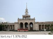 Купить «Сухумский вокзал», фото № 1976052, снято 23 июля 2009 г. (c) Art Konovalov / Фотобанк Лори