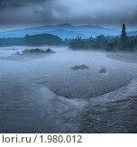 Дождь и туман над рекой Большая Лаба. Стоковое фото, фотограф Yury Ivanov / Фотобанк Лори