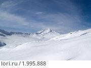 Купить «Лыжный курорт. Склон Эльбруса», фото № 1995888, снято 24 февраля 2010 г. (c) Анна Полторацкая / Фотобанк Лори