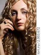 Купить «Портрет девушки со светлыми волосами», фото № 2003672, снято 19 сентября 2010 г. (c) Влад Нордвинг / Фотобанк Лори