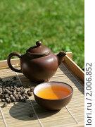 Купить «Китайская чайная церемония», фото № 2006852, снято 11 июля 2010 г. (c) Татьяна Белова / Фотобанк Лори