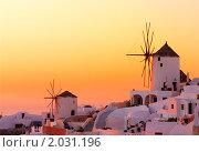 Купить «Закат на Санторини», фото № 2031196, снято 17 июня 2019 г. (c) Николай Михальченко / Фотобанк Лори