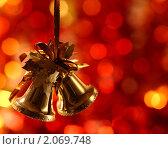 Купить «Елочное украшение», фото № 2069748, снято 10 октября 2010 г. (c) yarruta / Фотобанк Лори