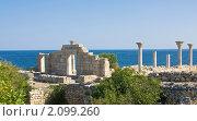 Купить «Руины античного города Херсонеса, на территории Севастополя, Крым», фото № 2099260, снято 24 июля 2010 г. (c) ИВА Афонская / Фотобанк Лори