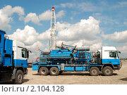 Купить «Специальная техника на нефтяном месторождении», фото № 2104128, снято 1 июля 2008 г. (c) Сергей Салдаев / Фотобанк Лори