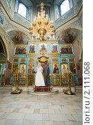 Купить «Обряд венчания», фото № 2111068, снято 4 октября 2009 г. (c) Фурсов Алексей / Фотобанк Лори