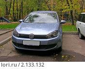 """Купить «Автомобиль  """"VOLKSWAGEN (Германия)""""», эксклюзивное фото № 2133132, снято 1 октября 2010 г. (c) lana1501 / Фотобанк Лори"""