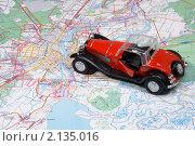 Купить «Автотуризм. Автомобиль на туристической карте», эксклюзивное фото № 2135016, снято 14 ноября 2010 г. (c) Александр Щепин / Фотобанк Лори