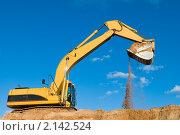 Купить «Экскаватор», фото № 2142524, снято 11 октября 2010 г. (c) Дмитрий Калиновский / Фотобанк Лори