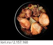 Жареная свинина на сковороде. Стоковое фото, фотограф Михаил Ковалев / Фотобанк Лори