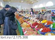 Павильон городского рынка в г.Твери (2010 год). Редакционное фото, фотограф Анатолий Максимов / Фотобанк Лори