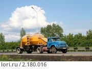 Купить «Муковоз», фото № 2180016, снято 4 июня 2008 г. (c) Art Konovalov / Фотобанк Лори
