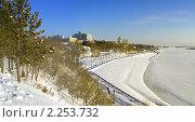 Панорама набережной Хабаровска у реки Амур зимой. Стоковое фото, фотограф Дмитрий Фиронов / Фотобанк Лори