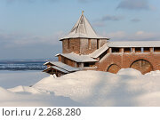 Купить «Северная башня Нижегородского кремля в сугробах», фото № 2268280, снято 31 декабря 2010 г. (c) Igor Lijashkov / Фотобанк Лори
