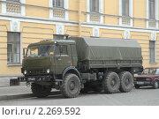 Купить «Военный грузовик КамАЗ-43114 на улице», фото № 2269592, снято 25 мая 2007 г. (c) Малышев Андрей / Фотобанк Лори