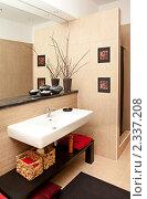 Купить «Интерьер современной ванной комнаты», фото № 2337208, снято 3 февраля 2011 г. (c) Алексей Кузнецов / Фотобанк Лори